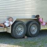 girls relaxing2